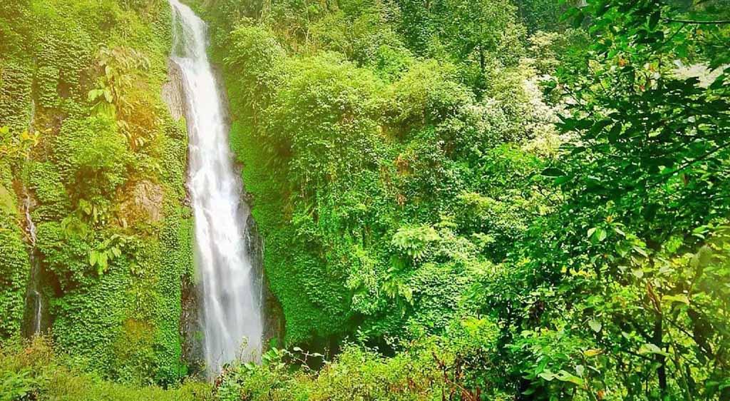 Hyang Darungan waterfall - Probolinggo