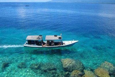 A boat to Menjangan island
