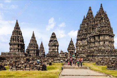 Half day tour Prambanan temple