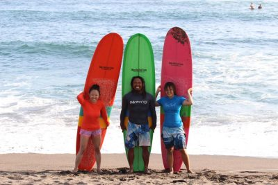 Batu Bolong surf lesson