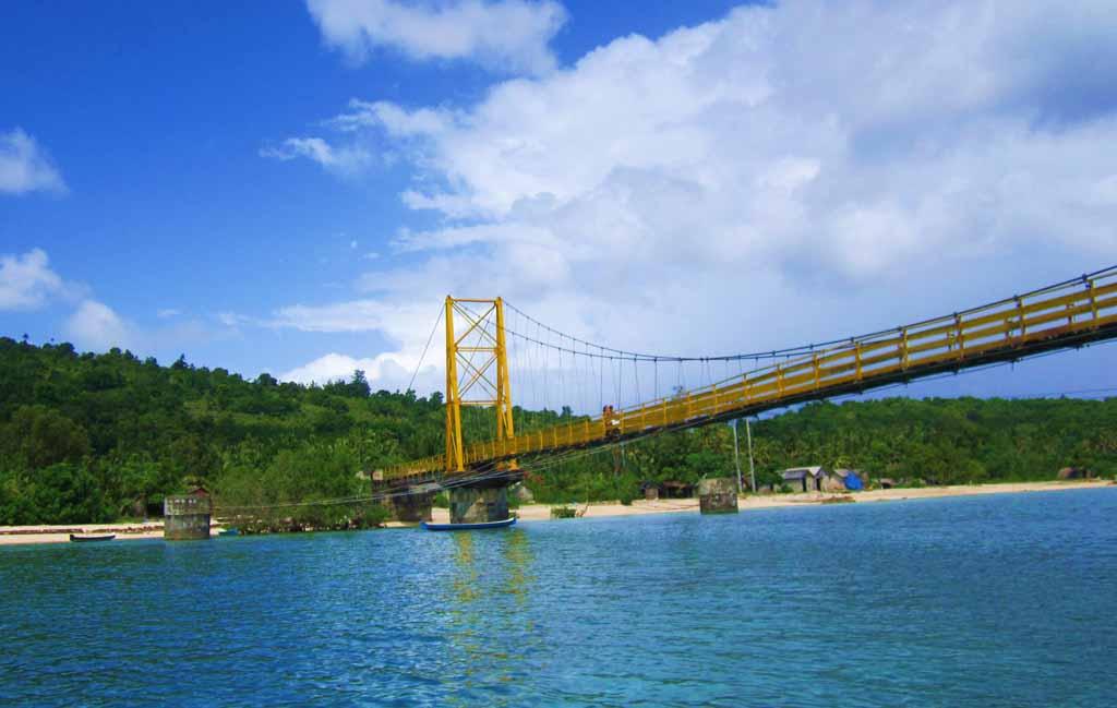 Yellow bridge - Nusa Lembongan
