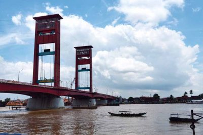 The view to Ampera bridge - Palembang