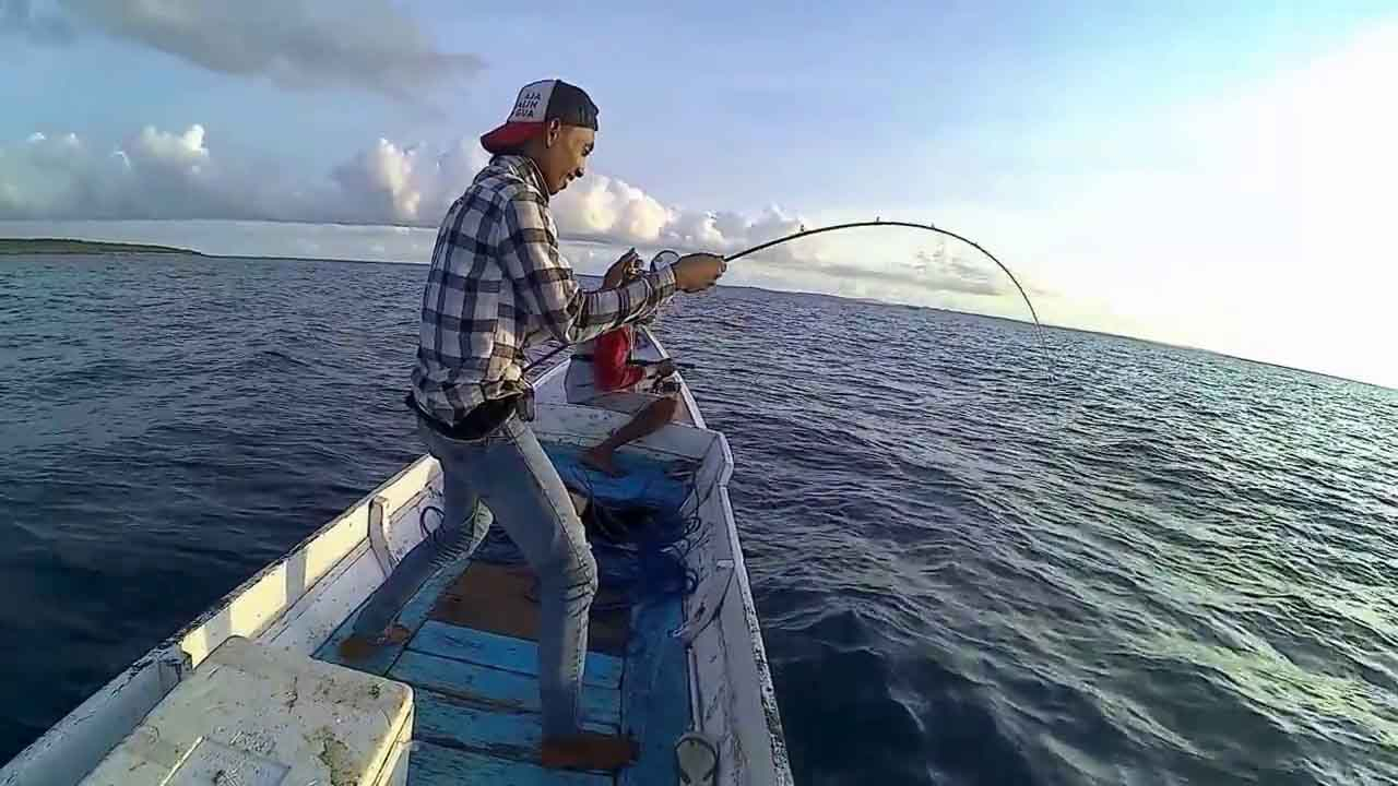 Traditional fishing Indonesia
